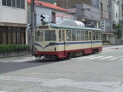2006_061101081