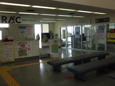 2011_022100821